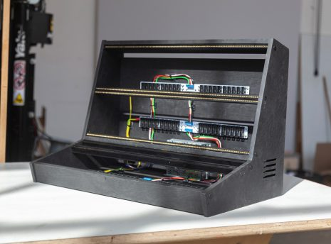2-Many-Synths---10U-104HP-VCS3-style-Eurorack-case-in-black-coloured-linseed-oil---IMG_0485-copy