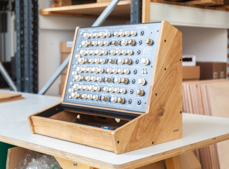 2-Many-Synths---Eurorack-84HP-&-PERfourMER-mkII-case---IMG_9654
