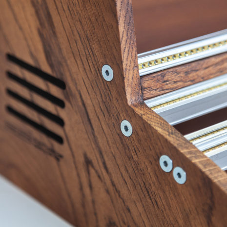 2-Many-Synths---Solid-Oak-Eurorack-case-10U-84HP-(inspired-by-EMS-VCS3)-IMG_9008